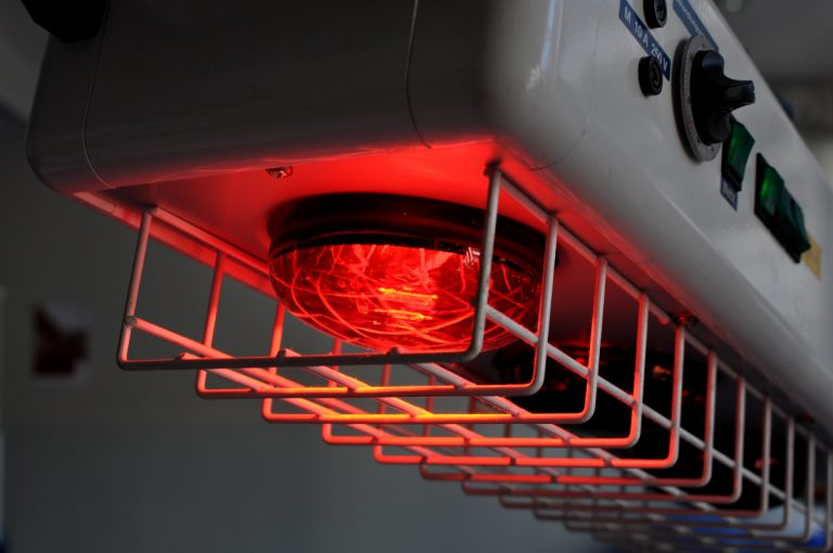 Heißluft / Rotlicht